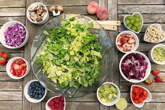 La Nutraceutica che cos'è: consigli per il benessere naturale a tavola